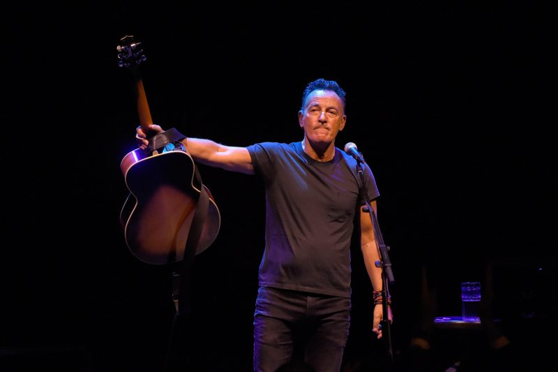 Springsteen on Broadway: An emotional tour de force!