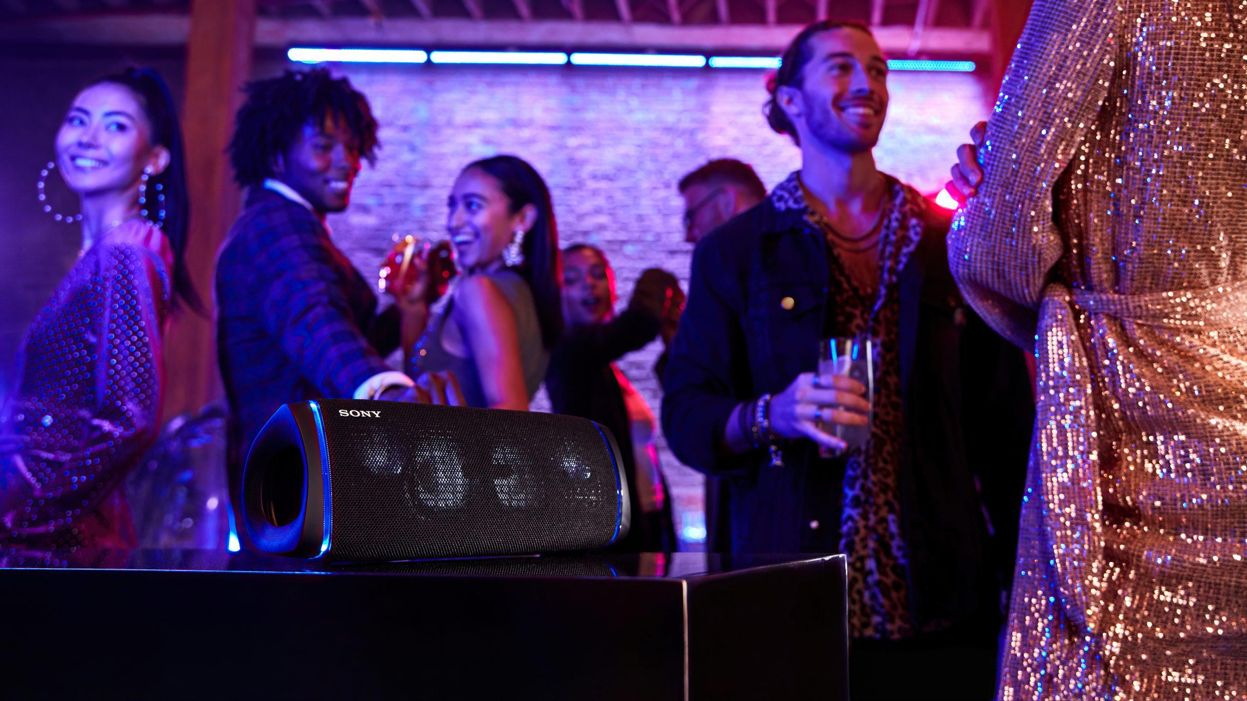 Sony SRS-XB43 lifestyle 2